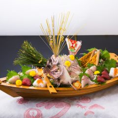 大漁祝い舟盛り 15,000円〜(税抜)