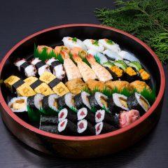 寿司盛り合わせ[並3人前] 5,000円(税抜)